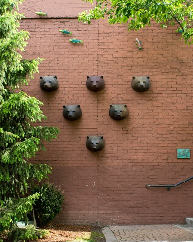 Public art of ceramic bear heads